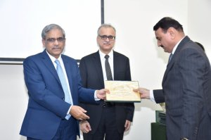 Mr. Abdul Hameed Bhutto, participants receiving the Certificate from Chief Guest